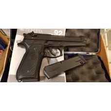Used Pistol Beretta 92 FS, cal. 9x19